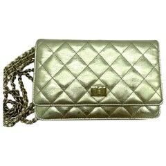 WOMENS DESIGNER Chanel Reissue Wallet On Chain