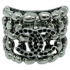 Womens Designer Chanel Silver Coloured Ring - 54