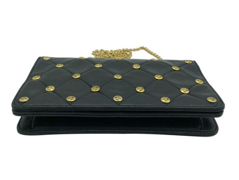 Black WOMENS DESIGNER Chanel Vintage CC Studs Shoulder Bag For Sale