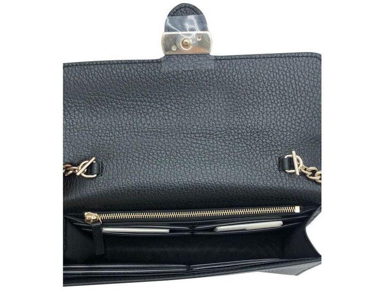 Womens Designer Gucci Interlocking GG Wallet on chain Crossbody Bag Black 2