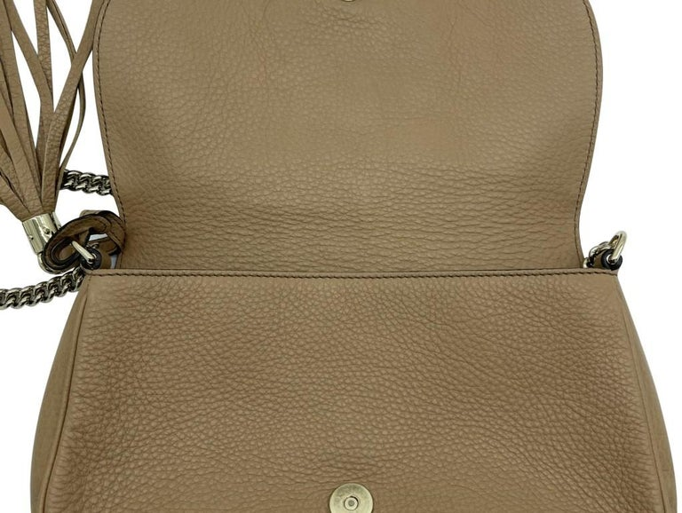 WOMENS DESIGNER Gucci Medium Soho Chain Shoulder Bag In Good Condition For Sale In London, GB