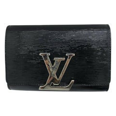 Womens Designer Louis Vuitton Epi Patent Louise PM