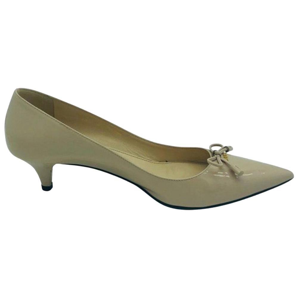 Womens Designer Prada Low Heel Pointed Court Shoe - 39