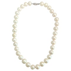 Womens Natural Fresh Water Pearl Necklace 14 Karat White Gold