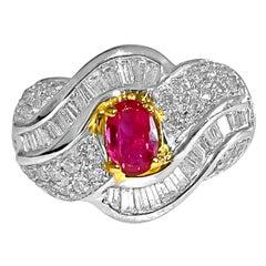 Women's Vintage 14 Karat Yellow Gold 2.70 Carat Ruby Diamond Ring