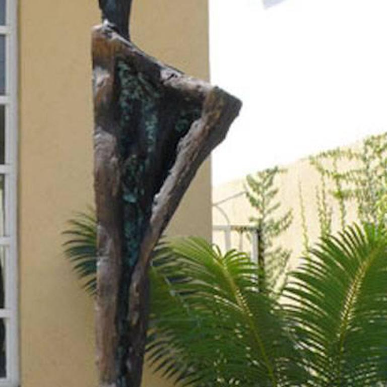 Ballerina of Guadalajara - Abstract Sculpture by Won Lee