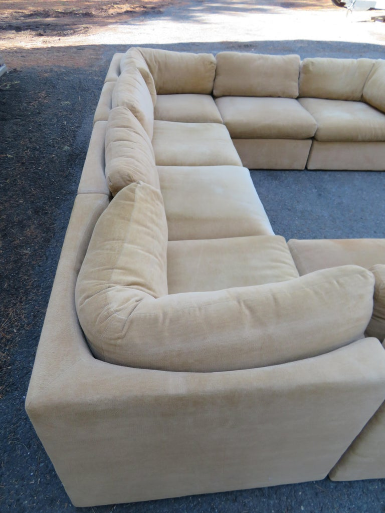 Wonderful 8 Piece Milo Baughman Curved Seat Sectional Sofa Mid-Century Modern In Good Condition For Sale In Medford, NJ