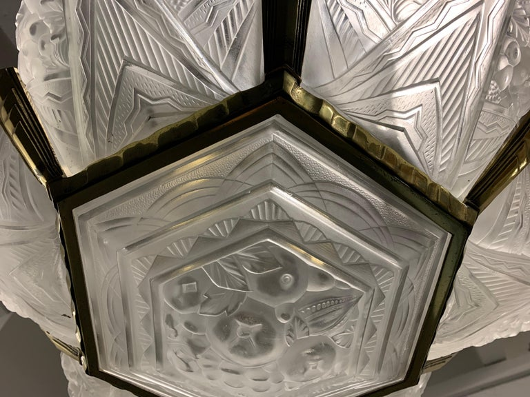 Wonderful Art Deco Chandelier from France For Sale 2