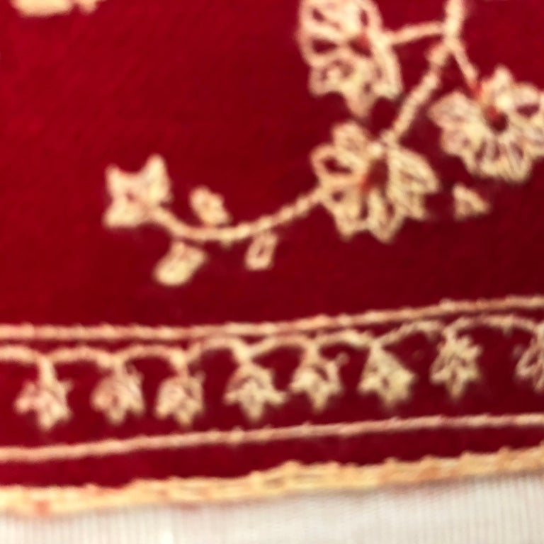 Wonderful Cashmere Hand Embroidered and Signed Shawl 80