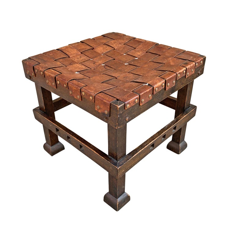Wonderful Early 20th Century English Arts & Crafts Leather Top Stool In Good Condition For Sale In Chicago, IL