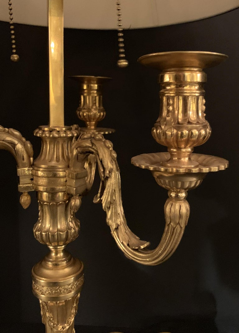 Wonderful French Louis XVI Gilt Bronze Three-Arm Bouillotte Lamp Swan Tole Shade For Sale 1