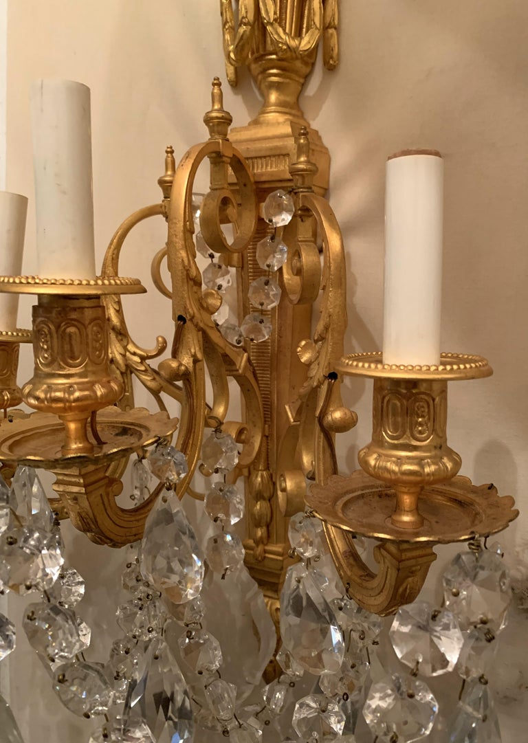 Wonderful French Neoclassical Pair of Doré Bronze Crystal Swag Urn Flame Sconces For Sale 2