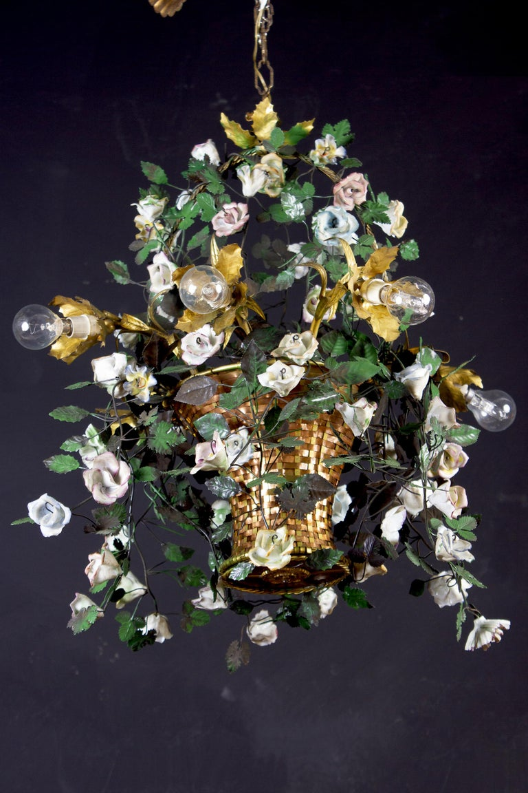 Wonderful Italian Basket Chandelier with Colorful Porcelain Flowers, 1940 For Sale 5