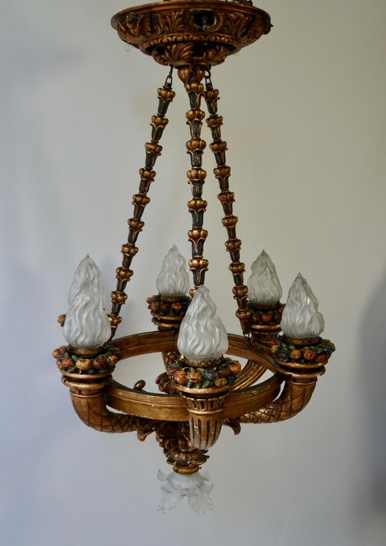 19th Century Wonderful Italian Giltwood Cherubs Putti and Painted Fruit Chandelier For Sale