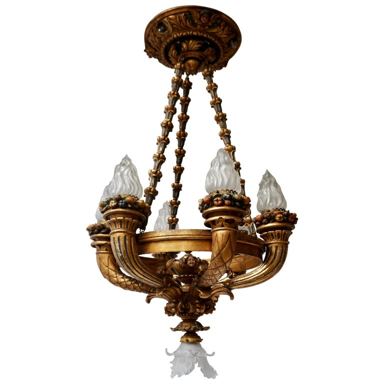 Wonderful Italian Giltwood Cherubs Putti and Painted Fruit Chandelier For Sale