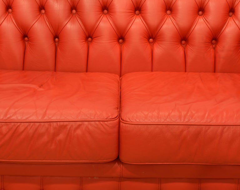 Wonderful Italian Red Leather Chesterfield Sofa in the Style of Poltrona Frau For Sale 4