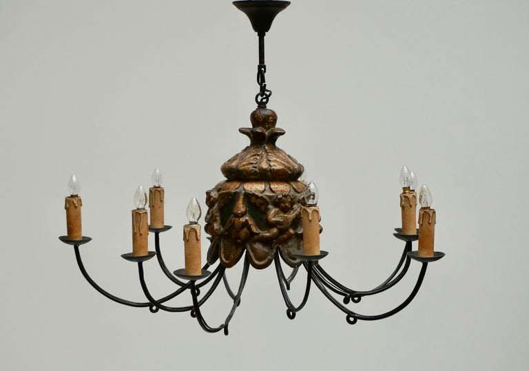 Wonderful Italian Wrought Iron and Wood Cherubs Putti Violin Chandelier Fixture  In Good Condition For Sale In Antwerp, BE