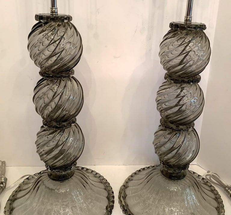 Wonderful Mid-Century Modern Pair Italian Venetian Swirl Murano Glass Deco Lamps In Good Condition For Sale In Roslyn, NY