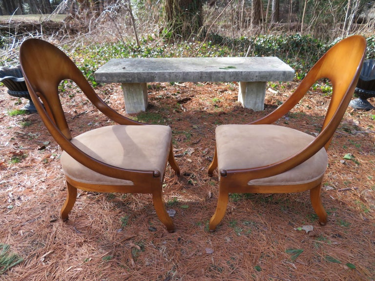 American Wonderful Pair of Michael Taylor for Baker Spoon Back Neoclassical Chairs For Sale