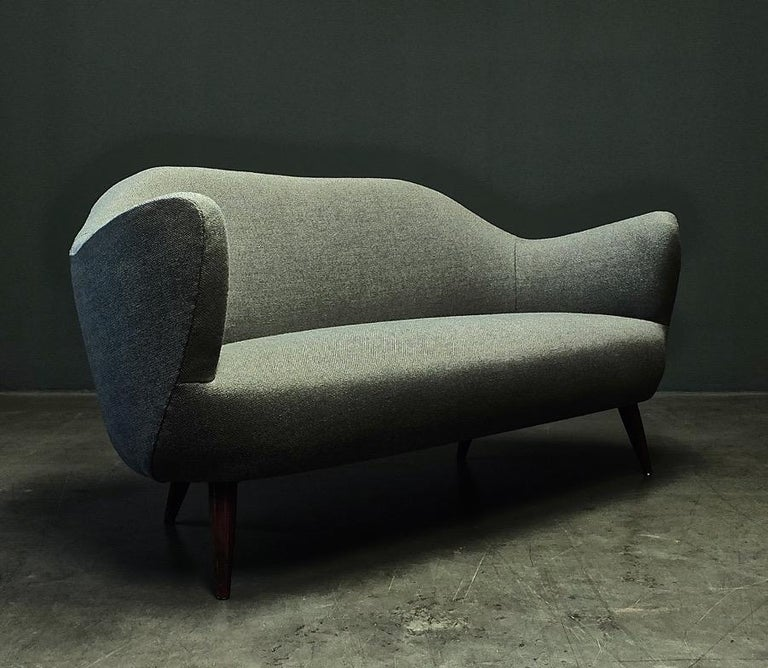 Wonderful Settee with Amazing Shape For Sale 6