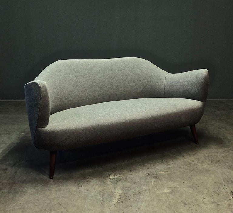Wonderful Settee with Amazing Shape For Sale 8