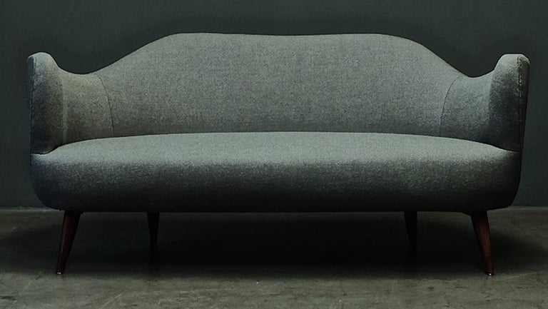 Wonderful Settee with Amazing Shape For Sale 10