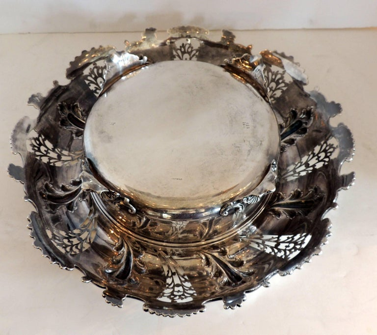 Wonderful Theodore B. Star Sterling Silver Pierced Footed Centrepiece Bowl In Good Condition For Sale In Roslyn, NY