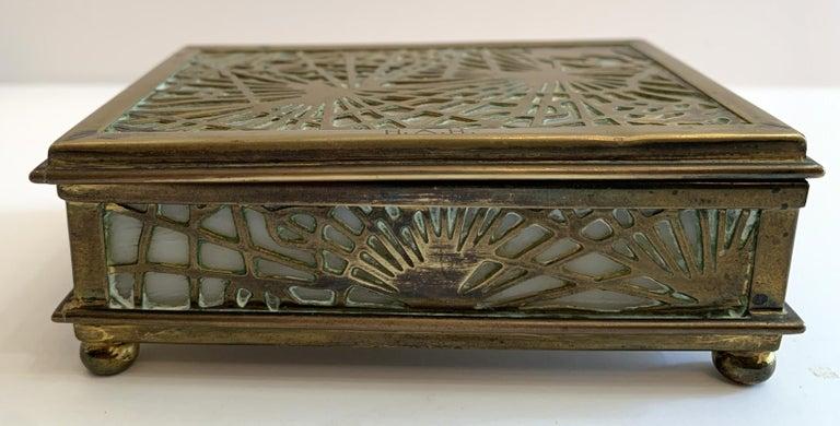 "American Wonderful Tiffany Studios New York ""Pine Needle"" Slag Glass Bronze Box Ball Feet For Sale"