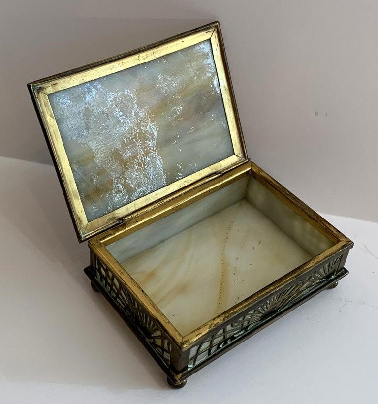 "Wonderful Tiffany Studios New York ""Pine Needle"" Slag Glass Bronze Box Ball Feet For Sale 3"
