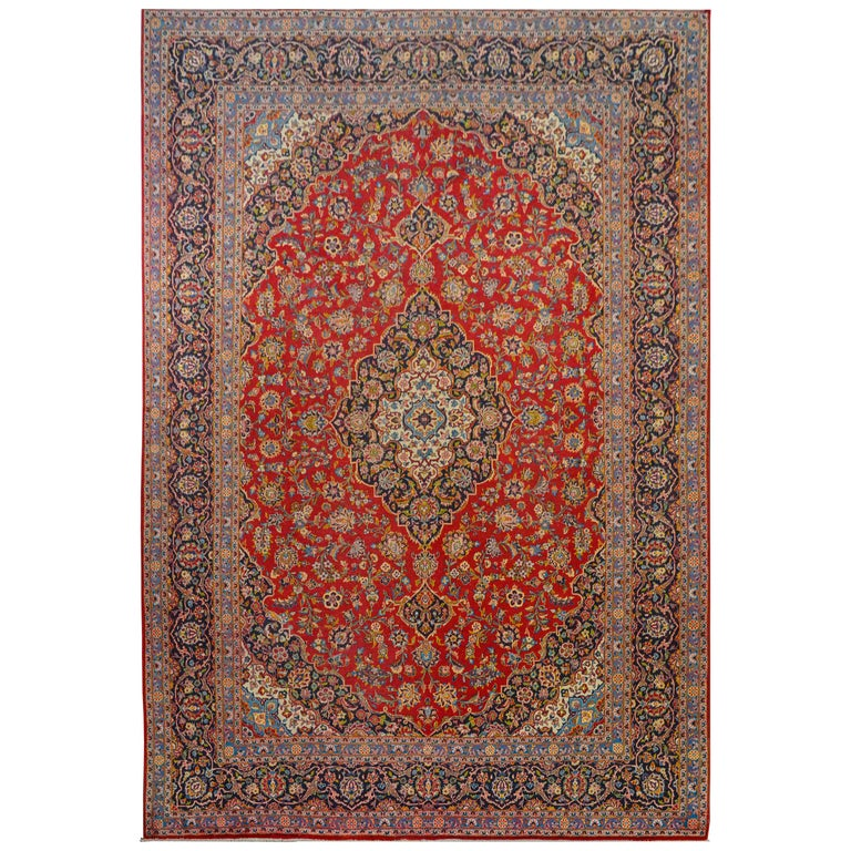 Wonderful Traditional Kashan Rug For Sale