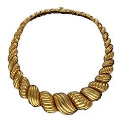 Van Cleef & Arpels  18ct Gold Scroll Necklace  circa 1970s