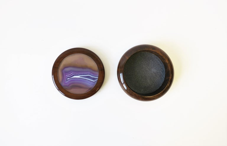 Modern Purple Agate Onyx Geode and Wood Round Jewelry or Trinket Box, Brazil For Sale