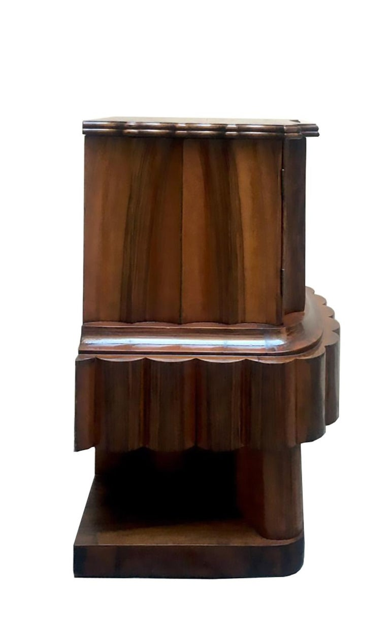 Wood Art Deco Italian Bedside Table, 1920 In Good Condition For Sale In Naples, IT