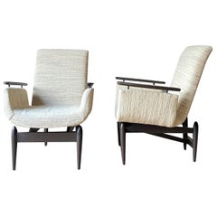 Wood Frame Midcentury Pair of Upholstered Side Chairs, Italy, 1950s