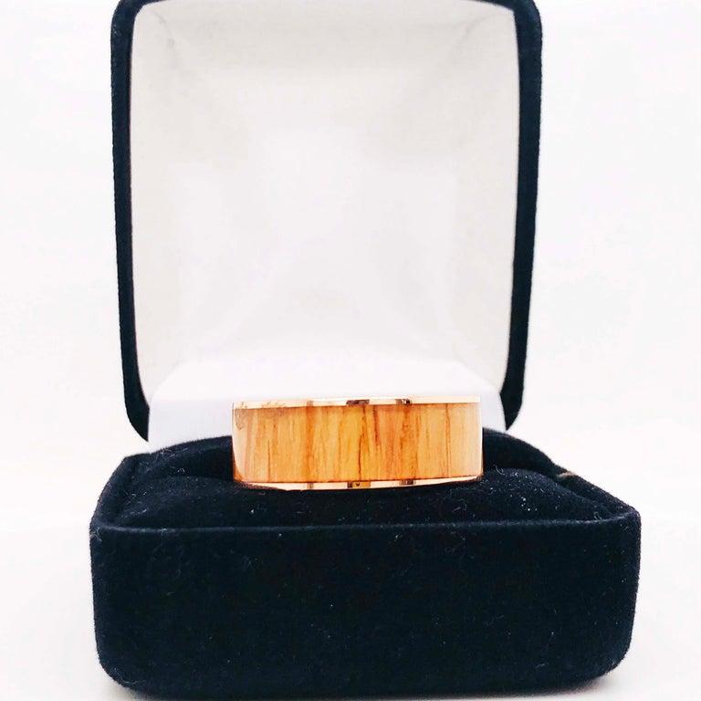 Wood Rose Gold Men's Band, Modern Red Oak Wood 14 Karat Rose Gold Men's Band For Sale 2