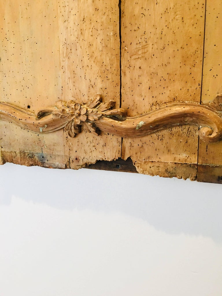 Carved Belgian 18th Century Wood Wall Panel For Sale 7