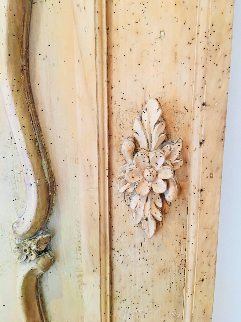 Carved Belgian 18th Century Wood Wall Panel For Sale 10