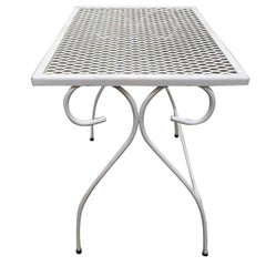 Woodard Mesh Steel Outdoor Patio Nesting Side Tables, Set of 3, circa 1950