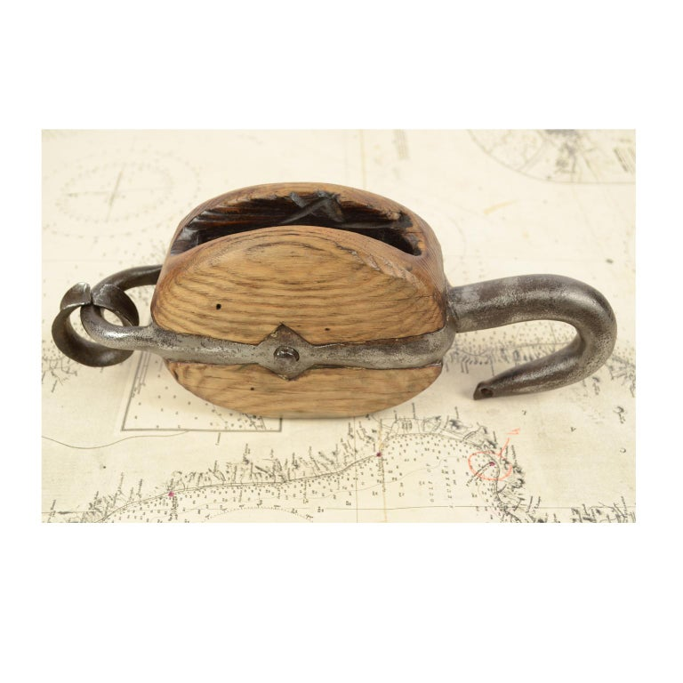 Wooden Block Complete with Ring with Iron Pulley, 1850 For Sale 6