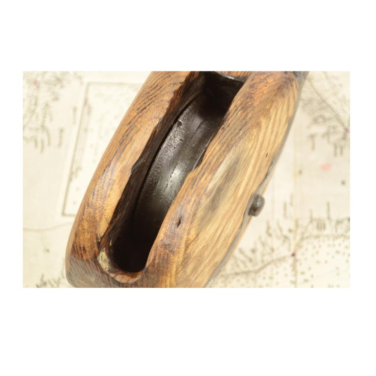 Wooden Block Complete with Ring with Iron Pulley, 1850 For Sale 8