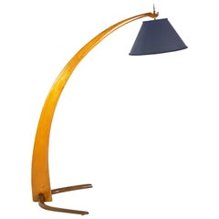 Wooden & Brass Mid-Century Curved Floor Lamp in the Manner of Rispal