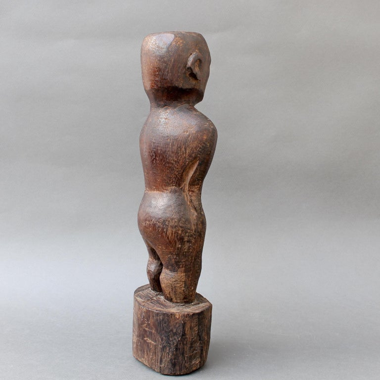 Hand-Carved Wooden Carving or Sculpture of Standing Ancestral Figure from Timor, Indonesia For Sale
