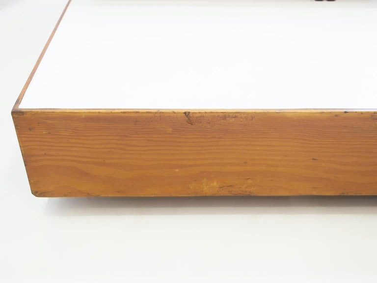 Wooden Center Table Attributed to Armo Scarpa For Sale 4
