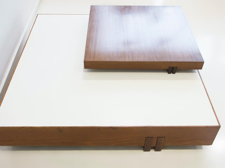 Wooden Center Table Attributed to Armo Scarpa For Sale 2