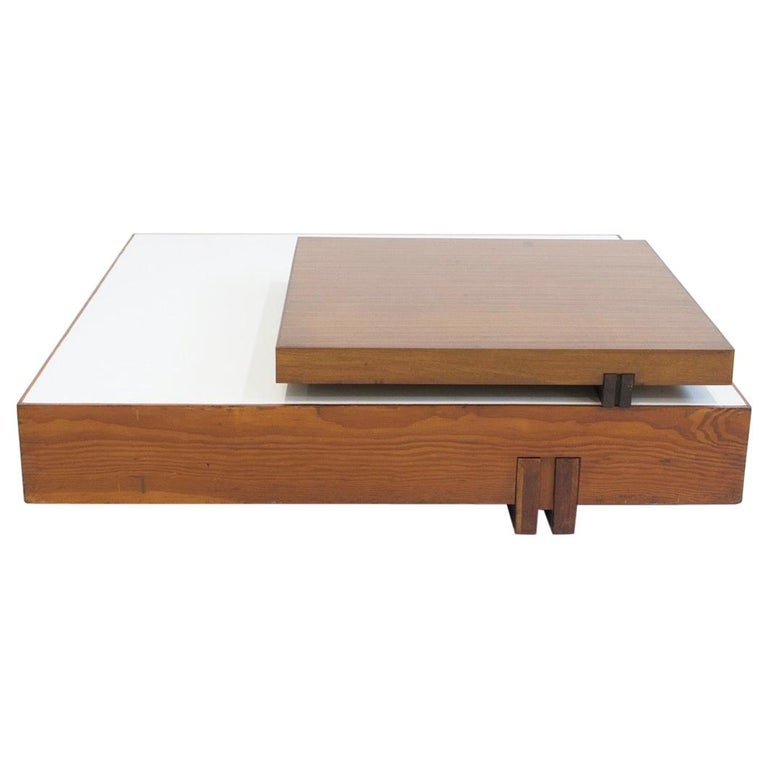 Wooden Center Table Attributed to Armo Scarpa For Sale