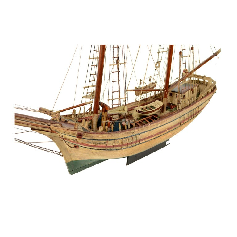 Wooden Model of a Ship 1915 circa For Sale 4