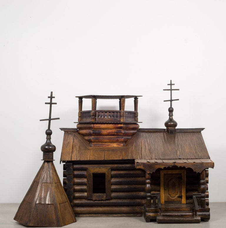 Wooden Russian Orthodox Church Log Cabin Model, circa 1900-1930 In Excellent Condition In San Francisco, CA
