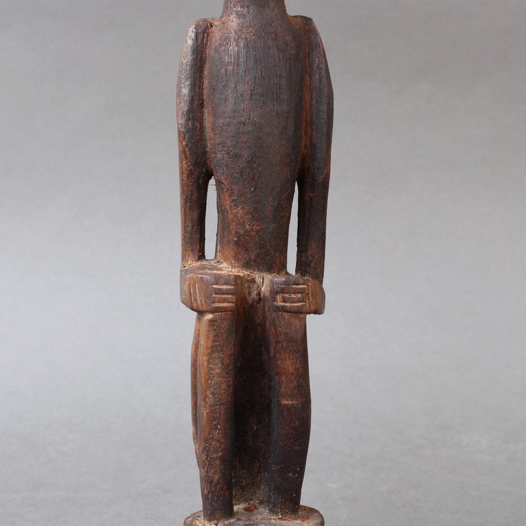 Wooden Sculpture or Carving of Sitting Figure from Sumba Island, Indonesia For Sale 8