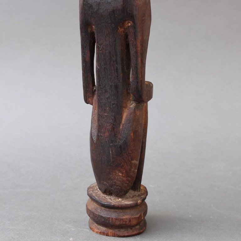 Wooden Sculpture or Carving of Sitting Figure from Sumba Island, Indonesia For Sale 11