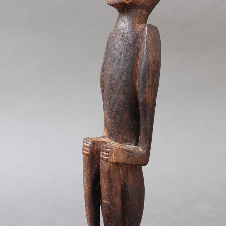 Wooden Sculpture or Carving of Sitting Figure from Sumba Island, Indonesia For Sale 13